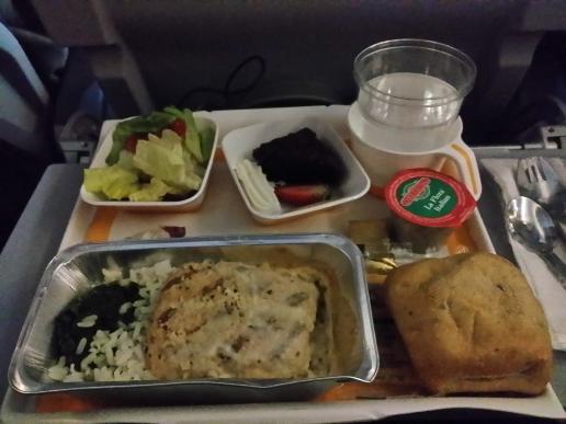 LH643便の機内食