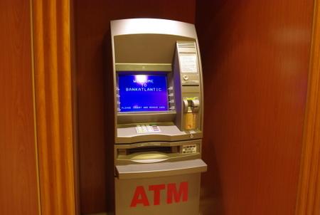 ATMマシン(スタープリンセス船内施設)