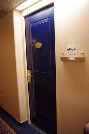 オーシャンプリンセス キャビンの扉