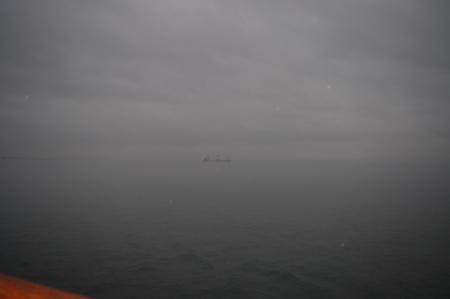 濃霧の仁川沿岸