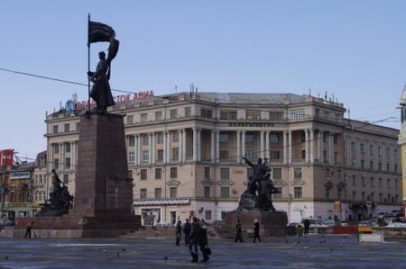 革命戦士広場 in ウラジオストク