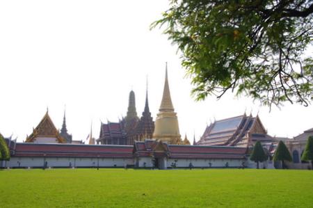 王宮とエメラルド寺院