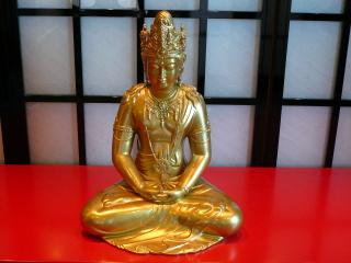 Lotus Spaの仏像