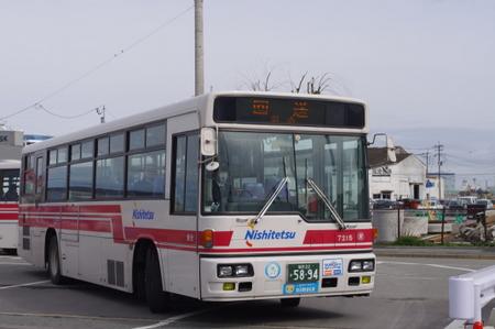 博多中央ふ頭で見かけたバス
