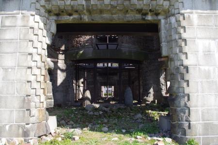 原爆ドームの内部