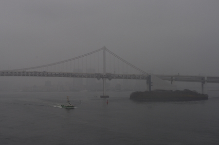 オーシャンプリンセスから見たレインボーブリッジ