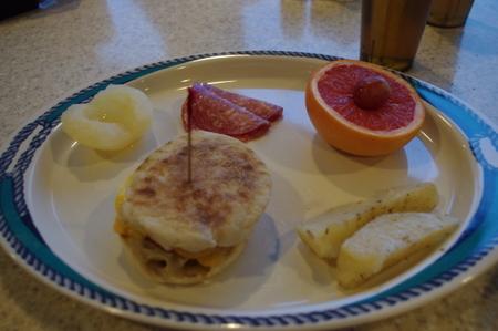 クルーズの朝食 on オーシャンプリンセス