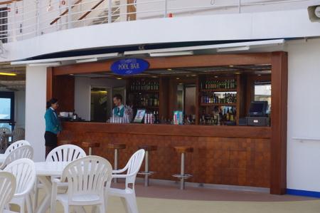 Pool Bar on オーシャンプリンセス船内施設