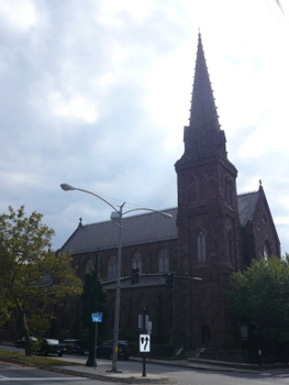 St.Mary's Church in ニューポート