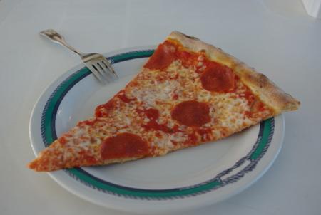 焼きたてのピザ on スタープリンセス