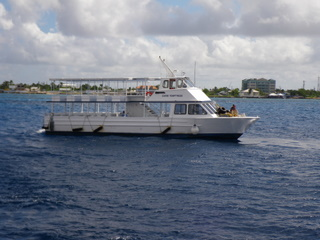 グランドケイマンの送迎船