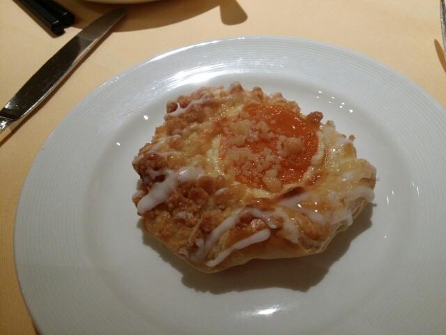 朝食のペストリー on ダイヤモンドプリンセス