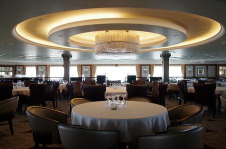 Azamara Journey Deck5 Discoveries Restaurant (2).JPG