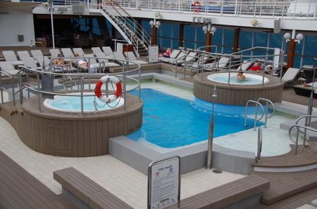 Azamara Journey Deck9 Pool.JPG