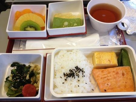 チャイナエアライン CI223便の機内食