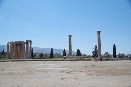 アテネのゼウス神殿 (2).JPG