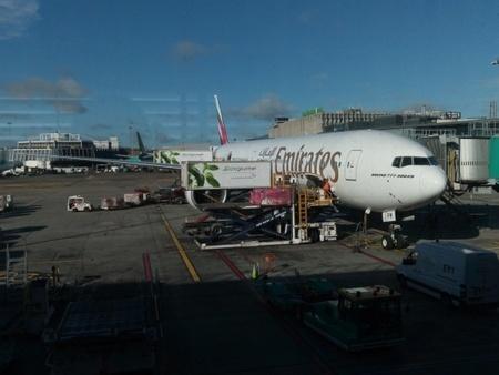 エミレーツ航空777-300 at ダブリン空港.jpg