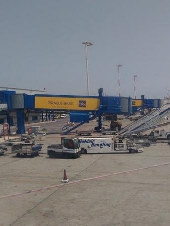 エレフテリオス・ヴェニゼロス国際空港pg (2).jpg