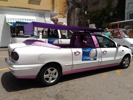 カプリ島のタクシー (1).jpg