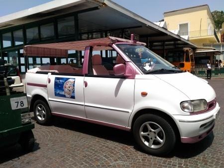 カプリ島のタクシー (2).jpg