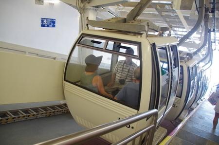 サントリーニ島のケーブルカー.JPG