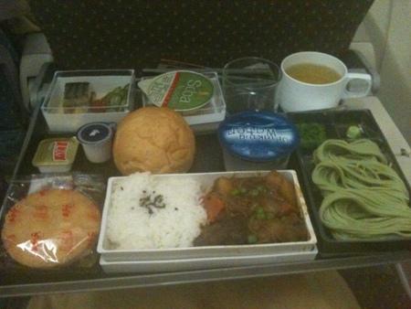 シンガポール航空 SQ634便の機内食