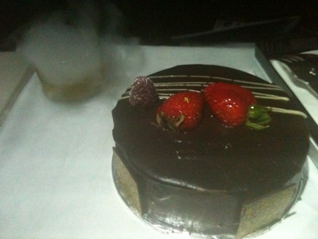 シンガポール航空からのバースデーケーキ