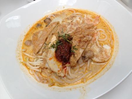 チャンギ国際空港でシンガポール料理