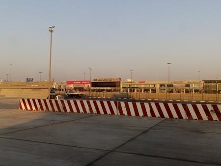 ドバイ国際空港 (2).jpg