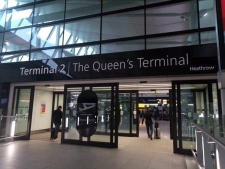 ロンドン ヒースロー空港 (2).jpg