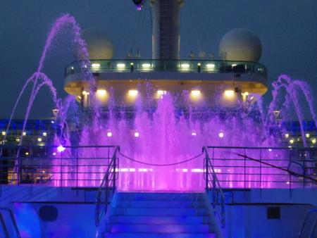 噴水ショー on ロイヤル・プリンセス