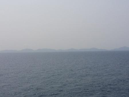 奄美大島〜沖縄本島近海を航海中