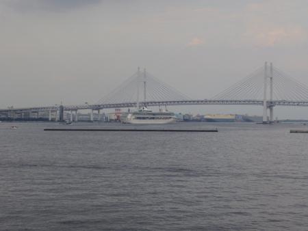 横浜出港イメージ.JPG