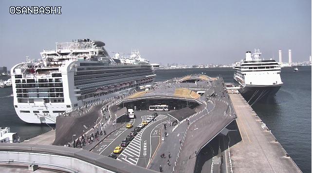 横浜大桟橋041514.png
