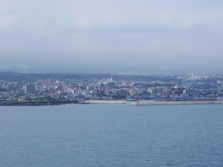 コスタビクトリアから見た済州島
