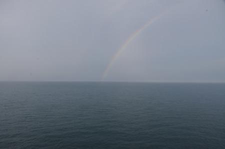船上で見た虹.JPG