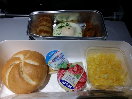 ルフトハンザ航空 LH710便の機内食