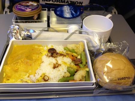 シンガポール航空 SQ946便の機内食