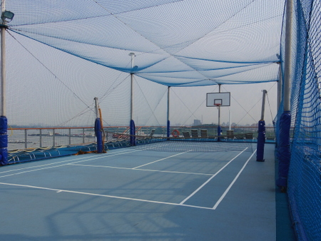 Wimbledon Tennis Court on コスタビクトリア